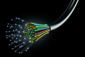Волоконно-оптическая связь - пример квантовой физики в жизни